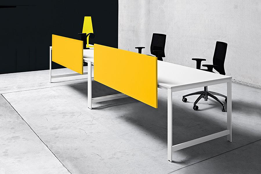Офисные столы на металлических ножках - 7оф5.